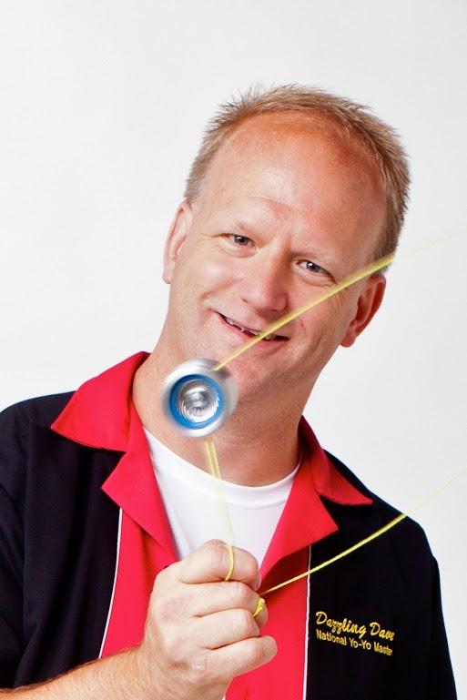 Dazzling Dave spinning portrait